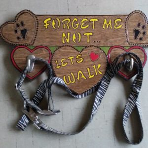Shirley's Yard Art Dog Leash Hanger