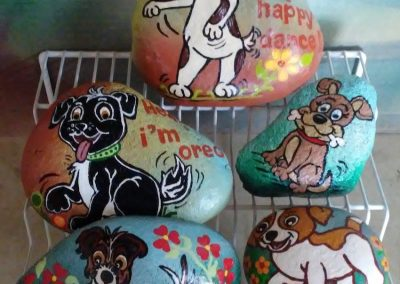5 Painted Tocks Dogs