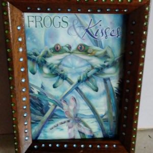 Refurbished picture frame Frogs and Kisses